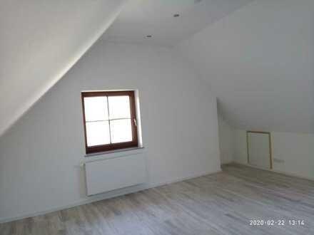 Freundliche Apartment Wohnung mit Einbauküche