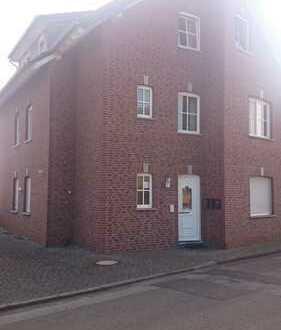 Gepflegte 2-Zimmer-Wohnung Dachgeschoss mit Balkon in Geilenkirchen