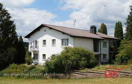 Herrschaftliches Haus mit zwei getrennten Wohnungen