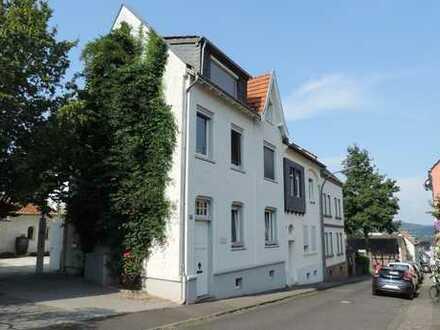 Schönes Gebäudeensemble in reizvoller Grünlage Bad Godesberg - Muffendorf.