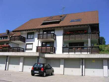 Gepflegte 1-Zimmer-Wohnung mit Balkon und Einbauküche in Lenzkirch