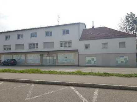 ... moderne Geschäftsfläche im Erdgeschoss in zentraler Lage von Garching ...
