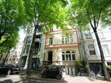 Wunderschöne ca. 147 m² große Stadtwohnung mit 2 separaten Zugängen!