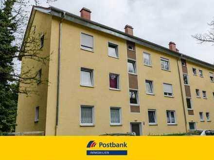 Ruhig gelegene 2,5 Zimmerwohnung mit Balkon - modernisiert!