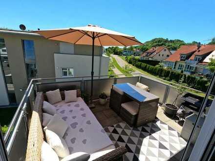 Stilvolle, neuwertige 3-Zimmer-Wohnung mit Balkon und EBK in Fronreute-Staig