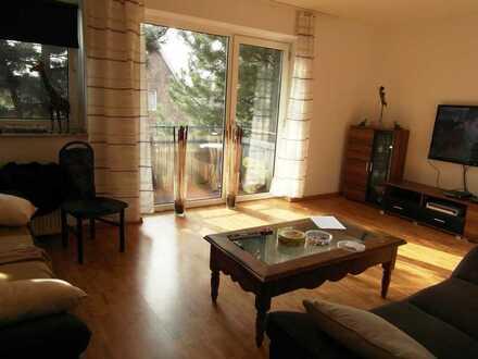 Schöne helle Wohnung mit Einbauküche