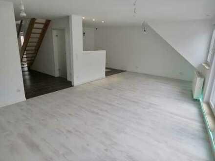 Exclusives, kernsaniertes 3-Familienhaus in Ludwigshafen-Edigheim