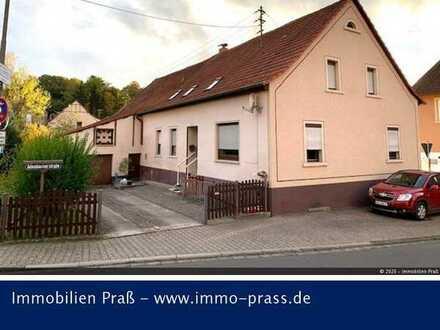 Top-Gelegenheit! Zweifamilienhaus mit großem Grundstück in Odenbach zu verkaufen!