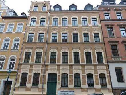 Schöne 3-Raum Wohnung mit EBK im Stadtteil Bernsdorf!!