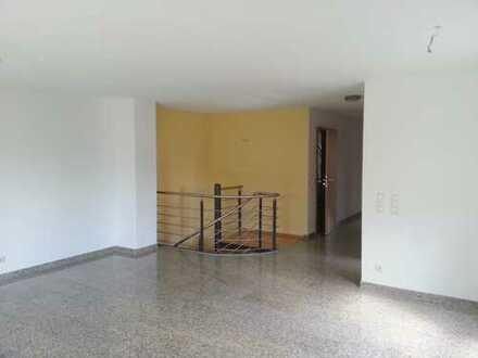 3,5 Zimmer hochwertige Maisonettewohnung mit top Raumaufteilung