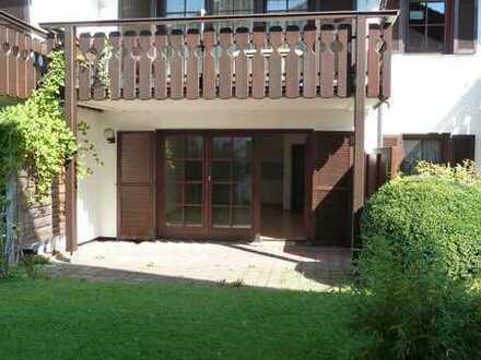 Schöne 2-Zimmer-EG-Wohnung mit 15 m² Terrasse in Rosenheim-Süd