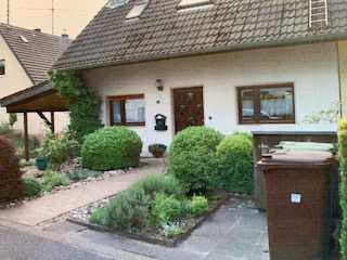 Einfamilienhaus mit Einliegerwohnung in Kleineichen