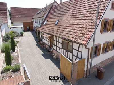Einfamilienhaus + Fachwerkhaus mit Scheune und großen Garten
