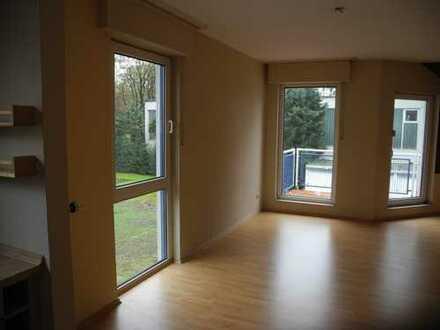 Gepflegte 2-Zimmer-Wohnung mit Balkon und EBK in Dortmund