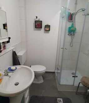 Süsse 2 Zimmer Wohnung mit Küche, Balkon, Gartennutzung und SAT