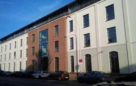*Liebertz Real Estate* Moderne Penthousefläche mit Außenbereich