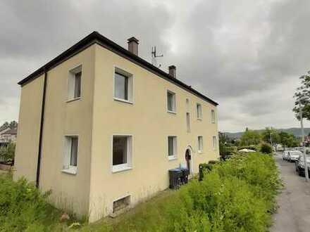 Teilweise renovierte Wohnung in top Lage zu vermieten! Fotos folgen