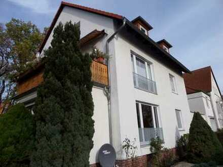 Heideviertel - MF-Haus mit 3 Wohnungen und großem Grundstück - EG-Wohnung frei für Eigennutzung