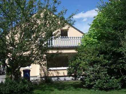 Maisonette 4 Zimmer, Garten, Balkon, Carport und EBK