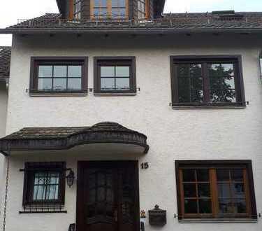 Schönes Haus mit fünf Zimmern in Mainz, Lerchenberg