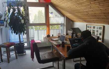 Suche Nachmieter für möblierte 2,5-Zi.-Galerie-Whg mit Balkon und Einbauküche in Aalen Unterrombach