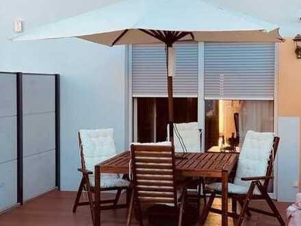 Endlich zuhause! Reihenmittelhaus mit Terrasse&Garten! + Einbauküche!