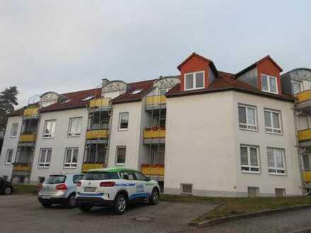 *tolle Wohnlage in Niederplanitz-schöne 2-Raum Wohnung m. Balkon u.Stellplatz*optional m.Einbauküche