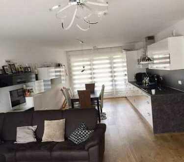 Exklusive, neuwertige 3-Zimmer-Wohnung mit Balkon und Einbauküche in Nürnberg Nord