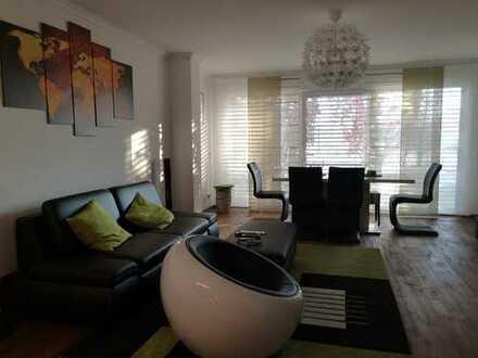 Schönes, geräumiges Haus mit fünf Zimmern in Frankfurt am Main, Höchst