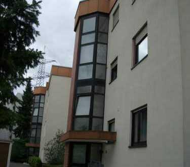 Sehr schöne und helle 3-Zimmer-Wohnung mit Loggia in Oberursel-Weißkirchen