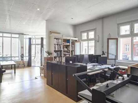 Atelier zum Wohnen und Arbeiten