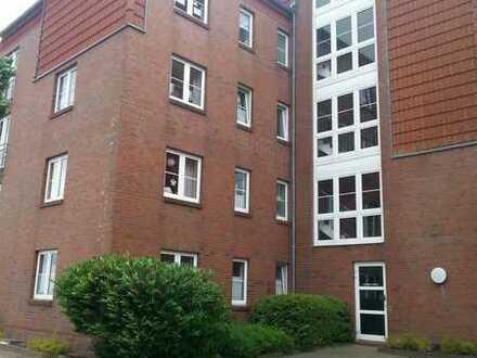 großzügige 3-Zimmer-Wohnung mit Balkon und Stellplatz