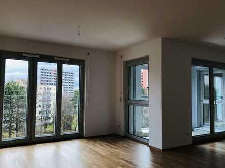 Erstbezug: 2-Zimmer-Wohnung mit Balkon in Perlach, München, direkt neben U-Bahn, gegenüber des PEP