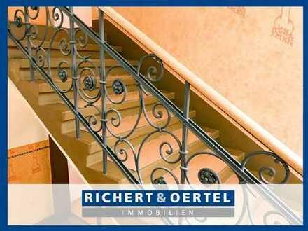 www.r-o.de +++ Familienwohnung im Altbau mit Balkon und Lift
