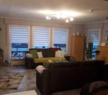 gepflegte 4-Raum-Wohnung mit Balkon und 2 Terrassen in Werdohl