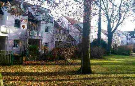 Wohnen im Park, gepflegte 1,5-Zimmer-Wg mit Hobbyraum in FFB incl. Terasse + kleinen Gartenanteil
