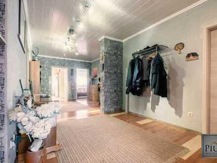 Viel Platz in Göggingen! Schöne 5-Zimmerwohnung mit Terrasse u. Garage zu verkaufen!