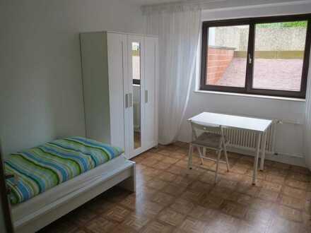 Möbliertes Zimmer, für Berufspendler / Wochenendheimfahrer, in Hainburg-Klein Krotzenburg