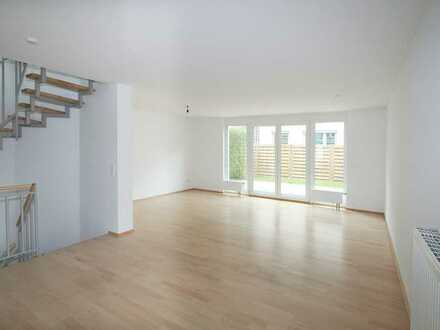 Nice Terrace House in Filderstadt-Bernhausen close to Airfield, Kelly and Patch