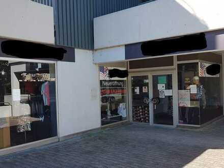 Zentral gelegene Ladenfläche, auch als Büro oder Praxis geeignet, in Göppingen zu verkaufen