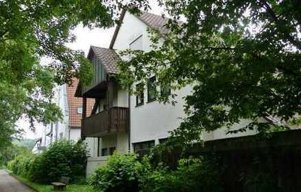 Helle moderne 3 Zimmer Wohnung mit Küche und Neckarblick sucht neuen Mieter