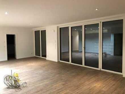 Neubau-Wohnung in Sudlage mit Terrasse und Garten im Guterbahnhofviertel