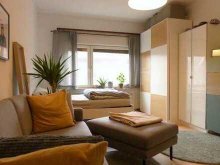 Helle 3-Zimmer-Wohnung mit großem Balkon in KA-Oststadt