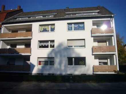 Große und helle 4-Raum-EG-Wohnung mit Balkon in Witten / Annen