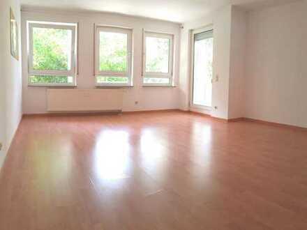 Sehr helle, freundliche Wohnung in schöner Umgebung incl. Stellplatz