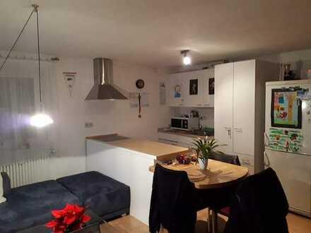 Gepflegte EG-Wohnung mit zwei Zimmern sowie Terrasse und Küchenzeile in Spaichingen