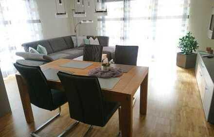 Neuwertige 3-Zimmer-Wohnung mit Balkon und Einbauküche in Crailsheim