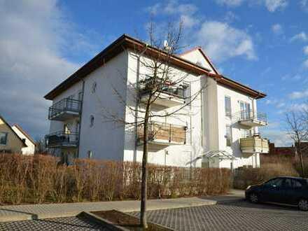 Ein Traum in Dölau: Helle 2-Zimmer-Wohnung mit Dachterrasse