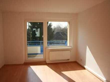 2. OG / Südbalkon / Laminat / Bad mit Fenster / frei ab 1.6.