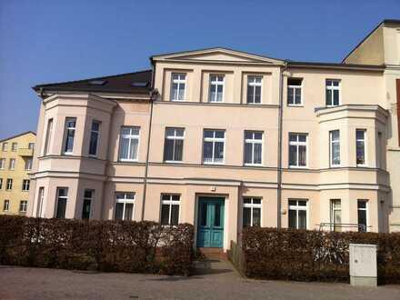 Gepflegtes DG-Appartement mit EBK in Neustrelitz